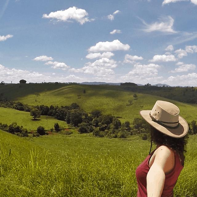 live on a farm in australia (1)