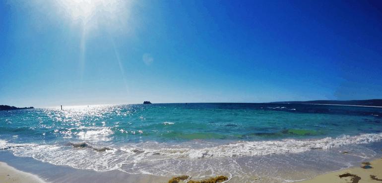 Tourism Australia: 100 Unique Experiences