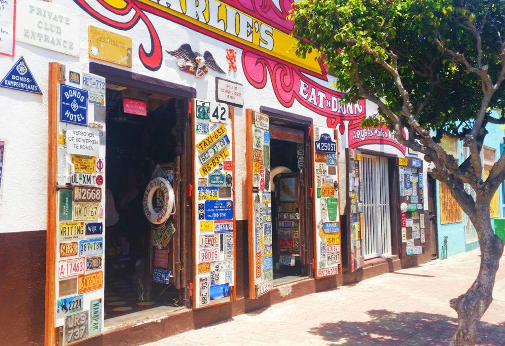 Charlies Bar Aruba | St-Nicolas | Aruba best places to go