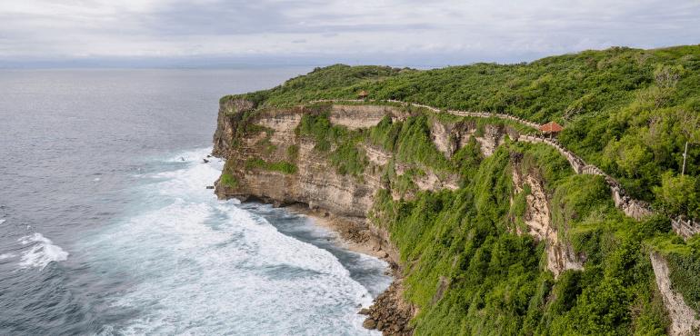 Where To Stay In Uluwatu Bali 2019 A Broken Backpack