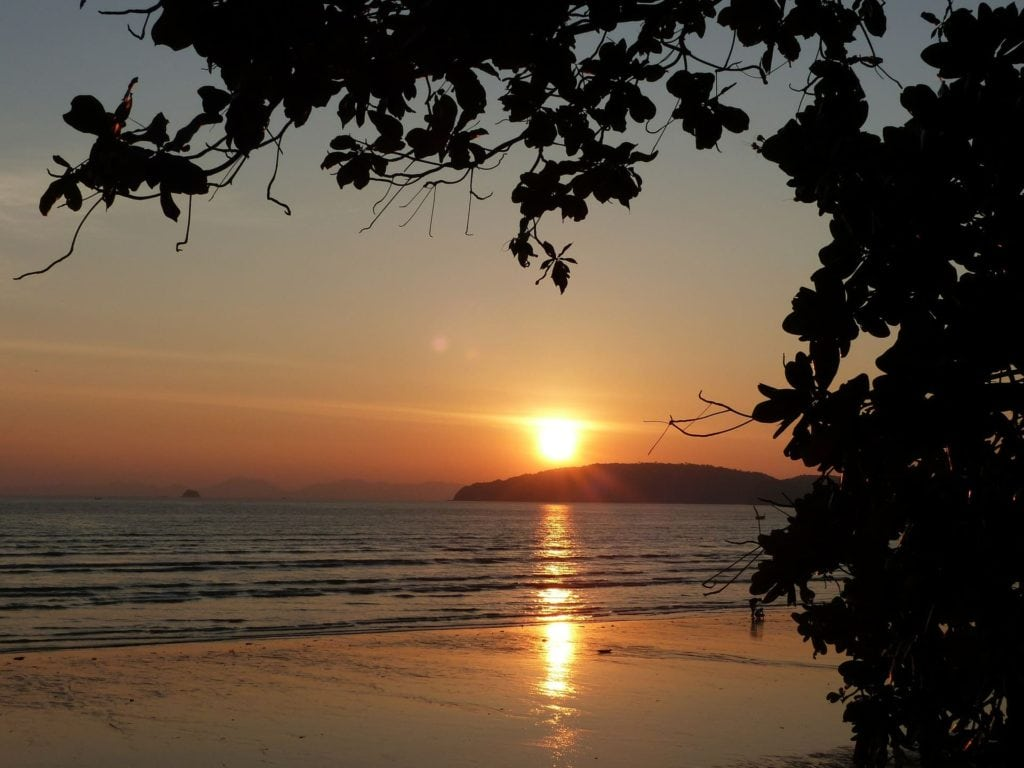 sunset-489427_1920-min-1024x768 ▷ Qué hacer en Ao Nang y Krabi, Tailandia