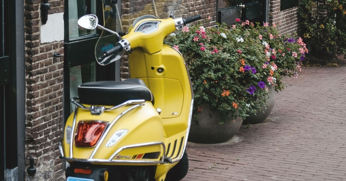 tips for renting a scooter in the UK