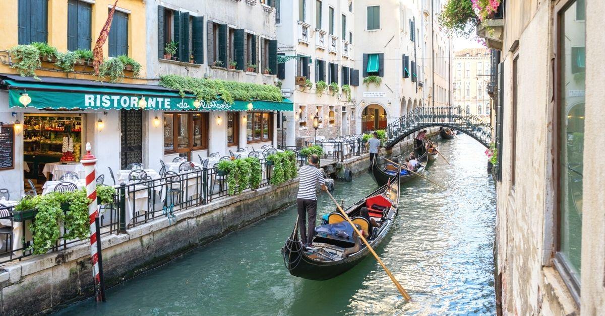 Days in Venice