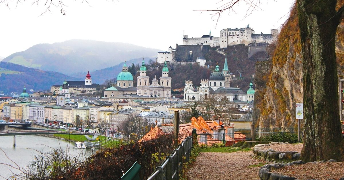 How many days in Salzburg